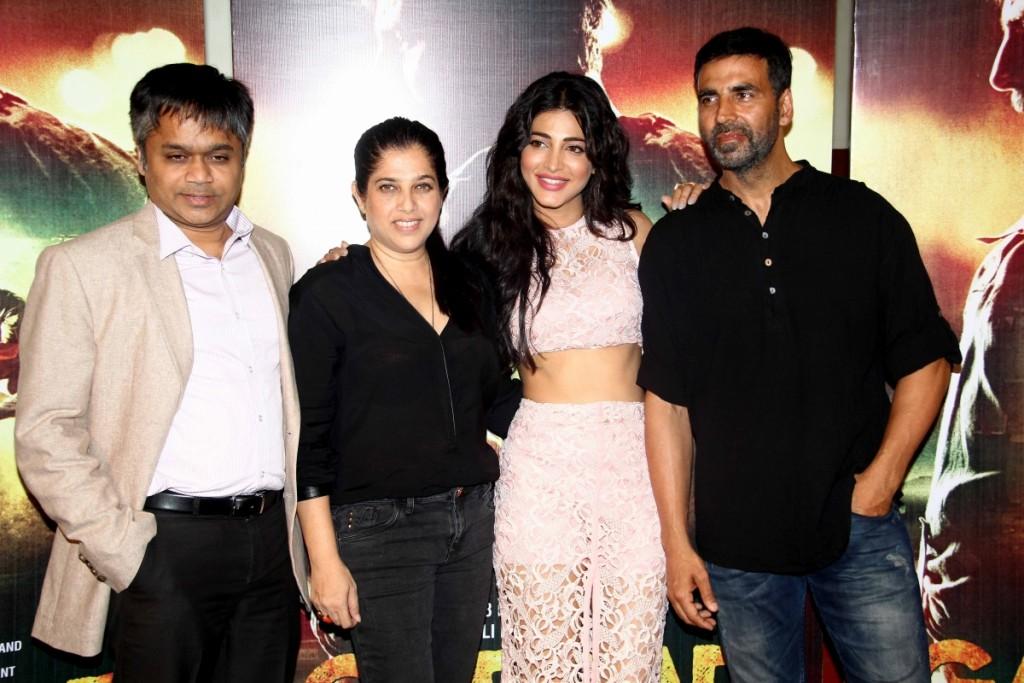 gabbar-back-shruti-haasan-akshay-kumar-attend-trailer-launch