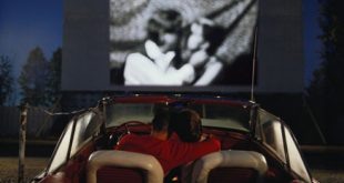 0716-couple-drive-in-movie_li