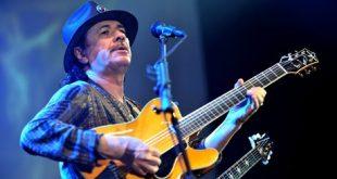 guitarrista-mexicano-Carlos-Santana-AFP_NACIMA20120928_0133_6