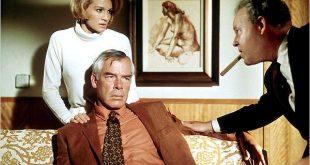 Angie Dickinson y Lee Marvin en A quemarropa